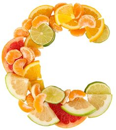 Vitamin C is said to be one of the safest and most effective nutrients there is. It's no wonder why it comes highly recommended as part of daily nutritional intake, whether through the food we eat or by taking in Vitamin C supplements. Home Remedies For Hair, Hair Loss Remedies, Skin Care Regimen, Skin Care Tips, Salud Natural, Face Scrub Homemade, Get Rid Of Blackheads, Prevent Hair Loss, Peeling