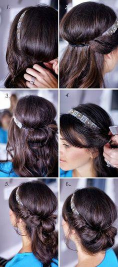 Schnell und einfach gehende DIY trendy Frisuren DIY hairstyles easy fast modern with hairband Pretty Hairstyles, Easy Hairstyles, Wedding Hairstyles, Headband Hairstyles, Hairband Hairstyle, Pixie Hairstyles, Summer Hairstyles, Wedge Hairstyles, Brunette Hairstyles