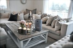 livingroom, salon, couleur pale, gris, blanc, beige, chandelles, sofa, deco, home decor