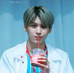 Awwwww he's looks so cute when he's drinking
