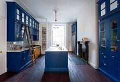 10 Ways to Use Classic Blue, Pantone's 2020 Color of the Year Bleu Pantone, Pantone 2020, Pantone Color, Decor Interior Design, Interior Decorating, Contemporary Kitchen Design, Bespoke Kitchens, Color Of The Year, House Design