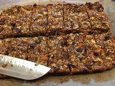 IMG_2961 Grain Free Granola, Pumpkin Pie Spice, Granola Bars, My Recipes, Banana Bread, Food Processor Recipes, Sweet Tooth, Paleo, Baking