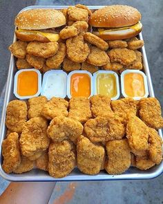 Sleepover Food, Junk Food Snacks, Tumblr Food, Food Goals, Food Places, Aesthetic Food, Food Cravings, Love Food, Snack Recipes