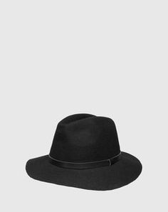 Hat from THE FIFTH LABEL. Click on the picture to shop the product <3