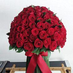 Pedido do dia: bouquet de 150 rosas colombianas! É muito amor!!