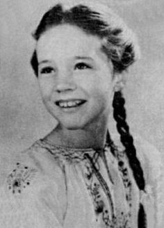 Julie Andrews OMYGOODNESS!! That's so sweet!! :)
