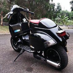 Vespa_Fast Scooters Vespa, Piaggio Scooter, Vespa Bike, Scooter Motorcycle, Motor Scooters, Vespa 125, Retro Scooter, Vespa Retro, Quad