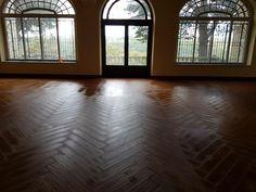 Trabajos realizados   Reformas Matoi - Empresa de Reformas en Madrid Hardwood Floors, Flooring, Madrid, Windows, Wood Floor Tiles, Wood Flooring, Ramen, Floor