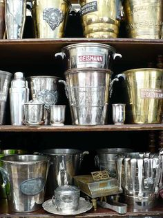 Flea Market Kitchen Finds Antique Champagne buckets Ava has collected over the years. We do like our champagne.Antique Champagne buckets Ava has collected over the years. We do like our champagne. Vintage Champagne, Vintage Wine, Vintage Silver, Antique Silver, Vintage Kitchen, Champagne Ice Bucket, Champagne Buckets, Wine Bucket, Paris Flea Markets