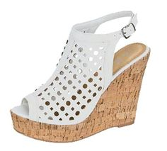 Blancas caladas Kanjipuram Saree, Alegria Shoes, Shoe Display, Shoes Heels Wedges, Huaraches, Chunky Heels, Comfortable Shoes, Bohemian Style, Feminine Style