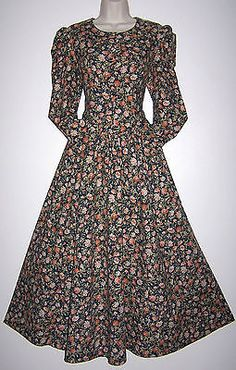9b35d217518d Laura Ashley vintage Vintage Glamour, Vintage Floral, Long Scarf, Laura  Ashley, Dried