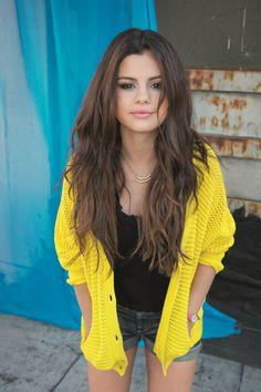 Selena Gomez. love her hair.