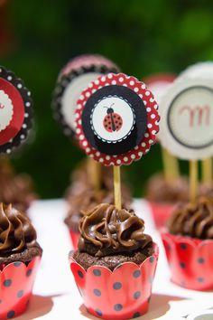 Cupcake festa joaninha. Ladybug party