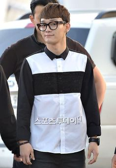 Twitter / SMTownFamily: {NEWS} 140501 Chen @ Incheon International Airport on the way to The 12th Korea Times Music Festival in LA