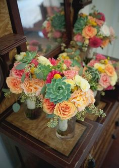 Colorful modern Mexican bouquets | Wedding & Party Ideas | 100 Layer Cake