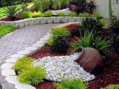 Piatra naturala pentru o gradina amenajata superb - 50 Idei Cum folosim amenajarile cu piatra naturala pentru a avea o gradina amenajata unic? Vedem o multime de idei aici: http://ideipentrucasa.ro/piatra-naturala-pentru-o-gradina-amenajata-superb-50-idei/