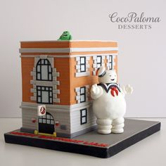 https://flic.kr/p/x7fDfL | Ghostbusters Cake. © Coco Paloma Desserts.
