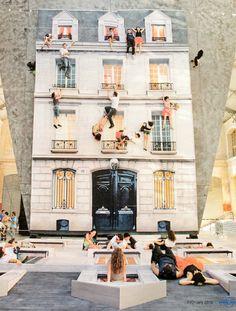 Installation in der Pariser Galerie Centquatre