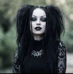 A page were you can see that goth can still mean beautiful . A place to be Goth and proud. Edgy Girls, Hot Goth Girls, Gothic Girls, Vampire Hair, Female Vampire, Goth Beauty, Dark Beauty, Goth Aesthetic, Aesthetic Fashion