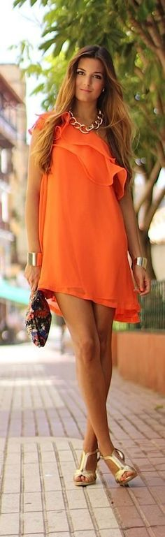 What to wear with an orange dress?I bought a bright orange dress from TJ Maxx with an empire waist and sleeves to my elbow. I wear a lot of black clothes, don't own anything brown. Cute Dresses, Short Dresses, Summer Dresses, Summer Outfit, Outfit Vestidos, Look 2015, Boutique Fashion, Orange Fashion, Orange Dress