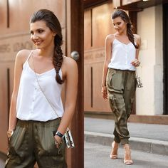 Perfect date night outfit for an outdoor party . Perfect date night outfit for an outdoor partyWhat to Wear to an Engagement Night Outfits, Summer Outfits, Olive Green Jeans, Summer Evening, What To Wear, Womens Fashion, Fashion Fashion, Nude Sandals, Fashion Bloggers