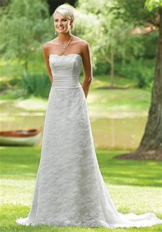 Simple but pretty wedding dress