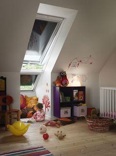 Kinderzimmer mit Rollläden