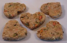 What more you can customize your canine biscuits to perform certain jobs like flea-prevention or breath refreshing as well. Here are five great recipes you can utilize to produce some basic yet delicious pet biscuits for your pet. Pet Treats Diy, Puppy Treats, Healthy Dog Treats, Dog Biscuit Recipes, Dog Treat Recipes, Dog Food Recipes, Cookie Recipes, Crepes, Food Dog
