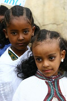 Asmara kids with traditional hairstyle - Eritrea by Eric Lafforgue
