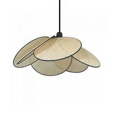 Must Have : La suspension en cannage… Black Ceiling, Black Lamps, Catalogue Ampm, Rattan, Suspension Design, H & M Home, Deco Design, Decoration, Home Furniture