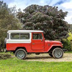 Off road test before restoration  1982 Toyota Land Cruiser FJ43 Freeborn Red #fjco1982freebornred #toyota #landcruiser #fj43forsale