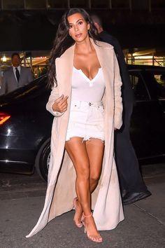 Kim Kardashian Street Style - Kim Kardashian Best Looks Kim Kardashian Blazer, Estilo Kardashian, Kardashian Style, Kardashian Kollection, Celebrity Outfits, Celebrity Style, Kim K Style, My Style, Look Kylie Jenner