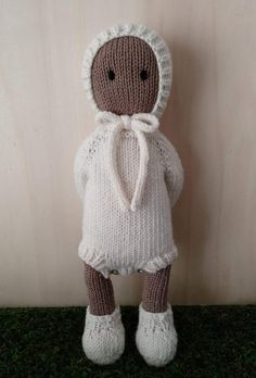 Clothes for The Oak Folk Set H Knitting pattern by Agasalhos e Bugalhos - Amigurumi Knitted Doll Patterns, Knitted Dolls, Knitting Patterns, Knitting Ideas, Knitted Baby Outfits, I Cord, Baby Clothes Patterns, Dk Weight Yarn, Knitted Animals