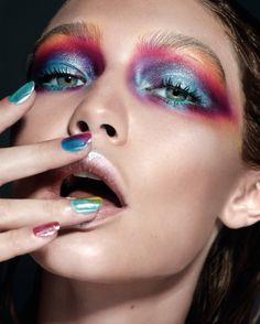 "maybelline: "" Gigi rocking mermaid graffiti eyes created with the graffiti nudes palette. """