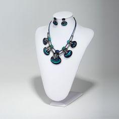 Shell Bib Necklace Jewelry Set