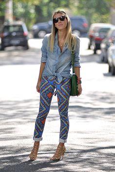 camisa jeans amarrada street style