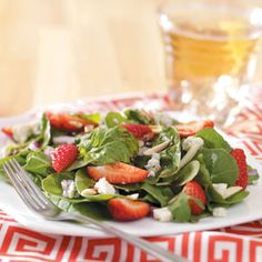 Strawberry+Arugula+Salad