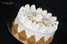 Prajitura Snikers — Alina's Cuisine Sweets, Cake, Desserts, Food, Candies, Kitchens, Tailgate Desserts, Deserts, Gummi Candy