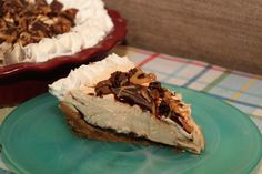 Make a super creamy and absolutely yummy Nutter Butter peanut butter pie with my blue ribbon winning recipe. You'll love the Nutter Butter cookie crust! Peanut Butter Filling, Butter Pie, Peanut Butter Recipes, Chocolate Peanut Butter, Butter Crust, Melted Butter, Cream Pie Recipes, Tart Recipes, Just Desserts
