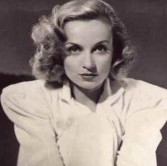 Old Hollywood glamor - carole lombard15.jpg