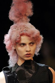 Comme des Garçons S/S 2010    safety pins in hair