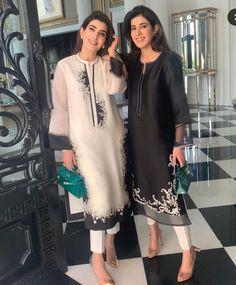 Beautiful Pakistani Dresses, Pakistani Formal Dresses, Pakistani Fashion Party Wear, Pakistani Dress Design, Pakistani Outfits, Nikkah Dress, Kurti Designs Pakistani, Pakistani Casual Wear, Fancy Dress Design