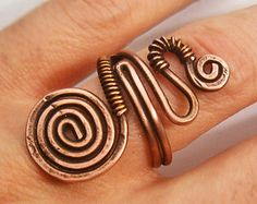 Wire Wrapped Adjustable Copper Ring wire wrapped by GearsFactory Aluminum Wire Jewelry, Wire Jewelry Rings, Copper Jewelry, Jewellery, Estilo Heavy Metal, Handmade Wire, Handmade Jewelry, Copper Rings, Copper Wire