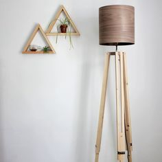 A DIY to make your own wooden tripod lamp and a wood veneer lampshade!
