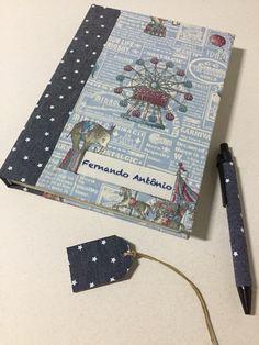 Agora o Fernando Antônio tem um livro do bebê dedicado para a mamãe contar sua história e não esquecer nenhum detalhe... E ainda pode colocar fotos em um cantinho especial para isso!!! #newborn #handmade #recemnascido #livrodobebe #babybook