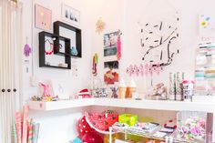 Super fun pop-up shop and creative office + workspace! Kawaii Room, Office Workspace, Home Office Decor, Office Ideas, Home Decor Accessories, Interior Design Living Room, House Colors, Room Inspiration, Kids Bedroom