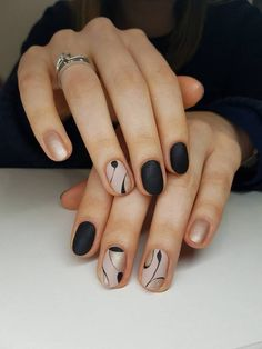 Marvelous Nails Colour Style Tips Ideas That Perfect For Women - Women of mystique and beauty are those who are usually known for nail art which is one of the most current trends in the world of fashion. A wide vari. Black Nail Designs, Beautiful Nail Designs, Nail Art Designs, Pedicure Designs, Metallic Nails, Black Nails, Metallic Style, Friendly Nails, Pretty Nail Art