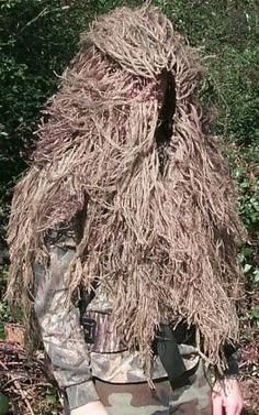 be2c3cf6e1011 11 Best Cheap Ghillie Suits For Sale. images