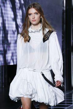 80's Revival Fashion: Louis Vuitton SS16, bubble skirt