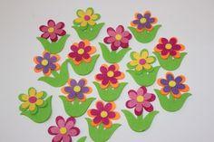 Estas aplicaciones florales son ideales para complementos veraniegos.